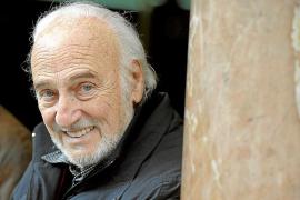 Héctor Alterio: «Solamente en el teatro soy dueño de lo que hago»