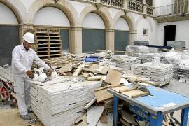 Comienzan las obras en el Museu de Mallorca mientras salen las últimas piezas
