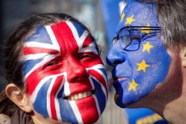 Más de un millón de personas firman una petición para revocar el 'Brexit'