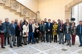 El Govern reconoce a los escritores premiados fuera de Baleares