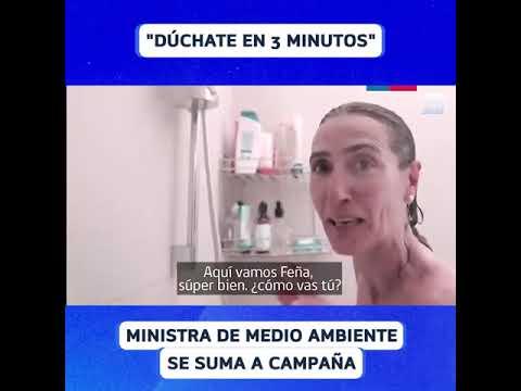 La ministra chilena de Medio Ambiente aparece en un video duchándose para alentar a un menor consumo de agua