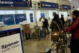 Baleares lamenta la pérdida del 20 % de los vuelos por el cierre de Spanair