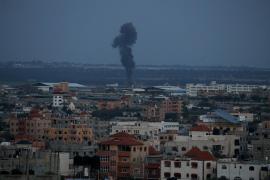 Bombardeo de Israel en Gaza en respuesta al lanzamiento de un cohete contra viviendas