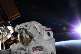 La NASA cancela la caminata espacial de mujeres por falta de trajes de su talla