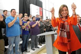 Chacón: Rajoy no «da la cara» en España y «baja la cabeza» ante Merkel