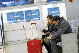 Spanair paga parte de la nómina  y ultima las devoluciones  a los pasajeros