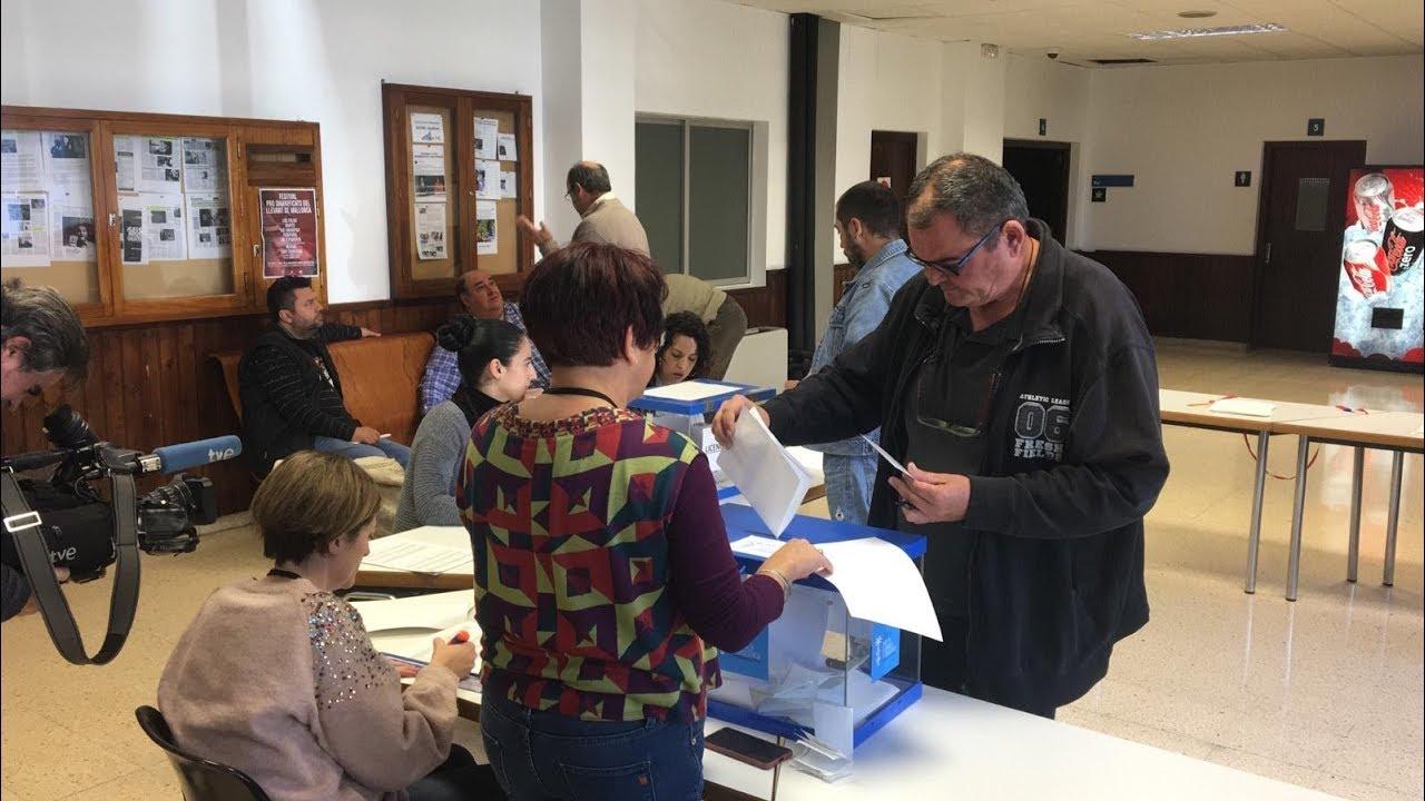 Los taxistas de Palma votan sobre el uniforme obligatorio y una 'app' para el sector