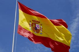 ¿Quién envía banderas españolas por correo postal?