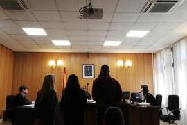 Piden 17 años de cárcel para un matrimonio por varios robos en Palma