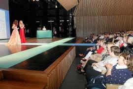 El Palacio de Congresos despliega su pasarela para que el mundo de la moda «se moje» contra el cáncer
