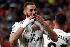 Benzema evita el sonrojo del Real Madrid