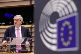 Juncker condiciona una prórroga del 'Brexit' a que Londres ratifique el acuerdo antes del 12 de abril