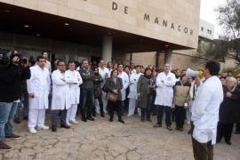 Nueva concentración en el Hospital de Manacor contra los recortes