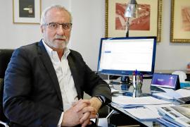 Eladio González: «La falta de suministro de fármacos es creciente y global»