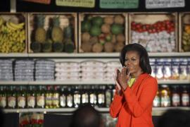 Michelle Obama gana en televisión un reto de hacer flexiones