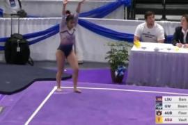 La terrible lesión de una gimnasta que se rompe las dos piernas a la vez