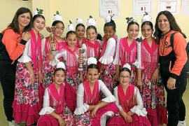 La escuela Are-T de Cala de Bou se luce en el concurso 'Pasión X la danza' de Madrid