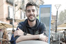 Juan Silvela ha conseguido unir a 1.800 personas para limpiar Mallorca en un reto viral