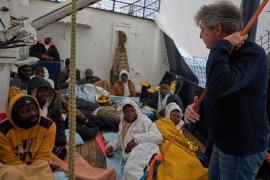 Alertan de que la situación a bordo del 'Alan Kurdi' empeora día a día