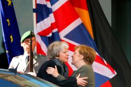 El Parlamento británico apoya la segunda prórroga de May