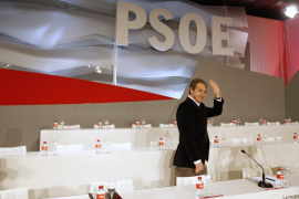 Zapatero pide al PSOE unidad y apoyo a su sucesor