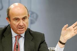 El Gobierno limita a 600.000 euros el sueldo de los directivos de las cajas rescatadas