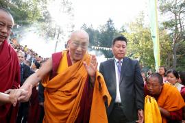 El Dalai Lama se encuentra estable tras su hospitalización por una infección pulmonar