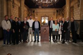 Diecisiete entidades piden que Madrid devuelva a Palma la cimera del rey Martí
