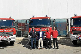 Los bomberos del Consell estrenan tres Mercedes Atego