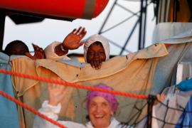 Los 62 migrantes del 'Alan Kurdi' desembarcarán en Malta
