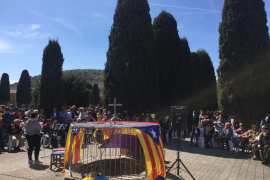 Decenas de personas se reúnen en Son Coletes en recuerdo de la República