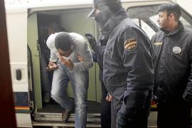 La juez envía a prisión prosivional a los cinco detenidos por tráfico de drogas en Son Gotleu