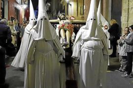 Solemnidad en las procesiones del Lunes Santo en Palma