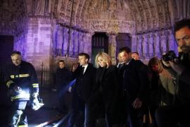 Macron, determinado a reconstruir Notre Dame «todos juntos»