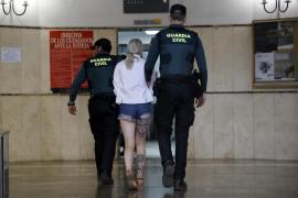 Sidney C., de 19 años de edad, fue puesta a disposición judicial en Vía Alemania