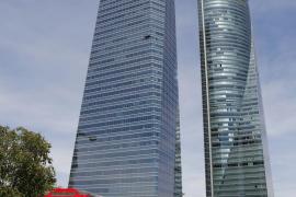 La Policía investiga el falso aviso de bomba en Torre Espacio