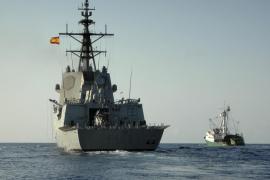 La fragata 'Méndez Núñez' hace escala en el puerto de Palma y ofrece una jornada de puertas abiertas