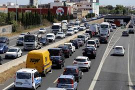 La Ma-19 y la Ma-20, las carreteras con mayor intensidad de tráfico en Baleares este miércoles en la operación salida