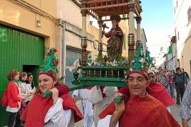 El rector de sa Pobla pide ayuda para buscar voluntarios que lleven la imagen de la patrona a Crestatx