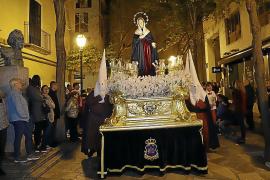 La devoción por La Dolorosa se deja sentir el Martes Santo
