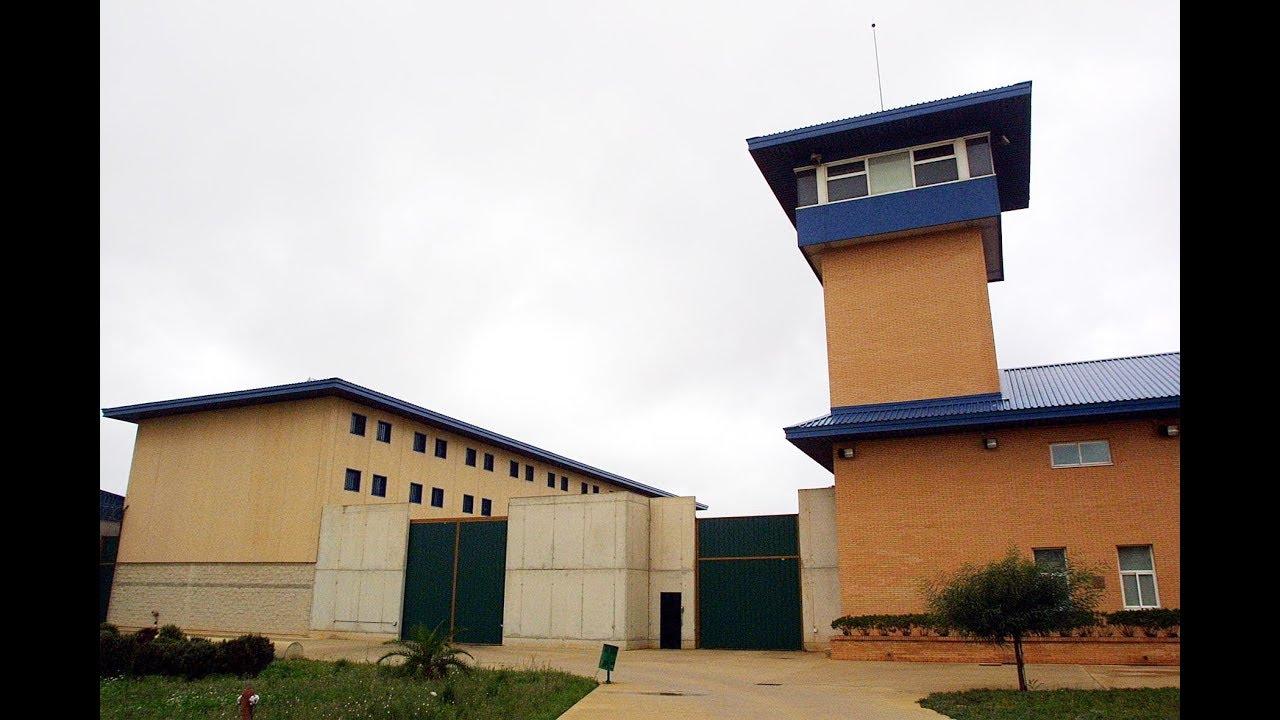 Más de la mitad de funcionarios de la cárcel de Palma ha pedido el traslado