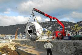 Retiran un velero arrastrado por un temporal en el Port d'Andratx