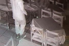 Detenidos dos jóvenes por varios robos en locales de Palma