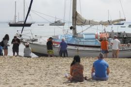 Barcos varados en Pollença y Calvià tras el temporal de viento