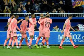 Aleñá y Suárez empujan al Barcelona hacia el alirón