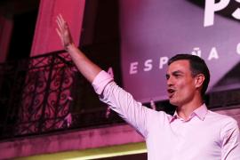 PSOE: «Ha ganado el futuro y ha perdido el pasado»