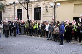 Trabajadores de Spanair reclaman apoyo de la Administración para su  recolocación