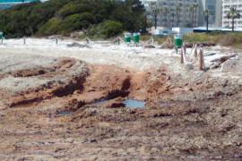 Destrozan la playa de Sa coma