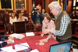 El Ajuntament de Palma elige por sorteo a los 3.825 seleccionados para las mesas electorales del 26M