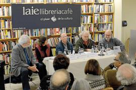 Antoni Vidal Ferrando reflexiona sobre la pérdida en el poemario 'Gebre als vidres'